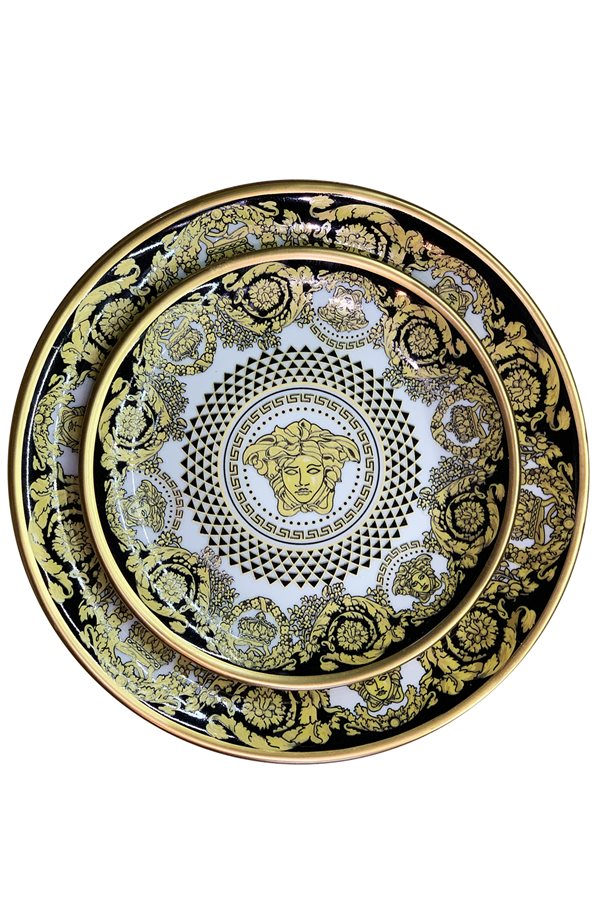 Medusa 12 Piece Plate Set